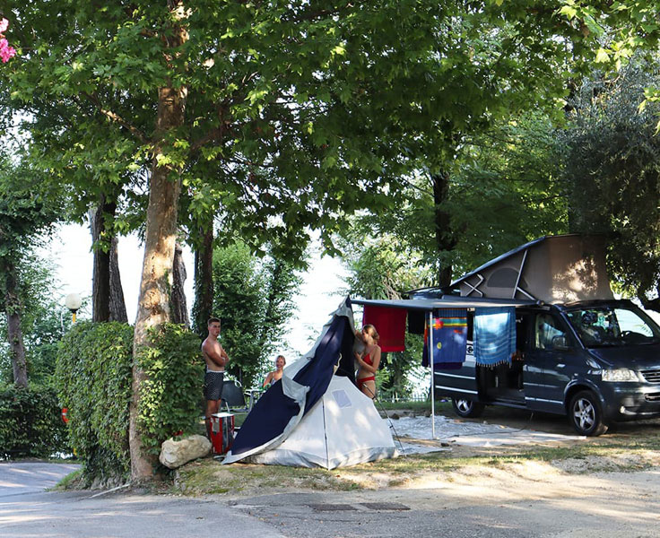 Camping Zocco sistemazione tende